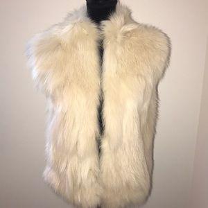 Authentic BCBG Fox Fur Vest 💛